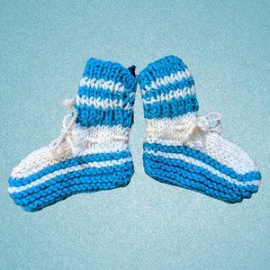 Warm Hand-Knitted Unisex Newborn Baby Blue Socks